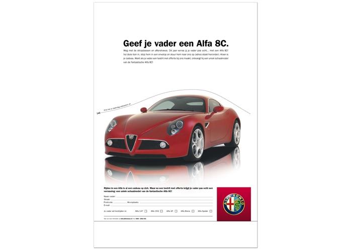 Alfa Romeo 8c vaderdag advertentie